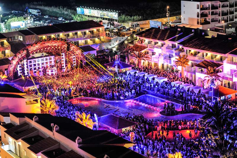 Ushuaia | Party Hotel